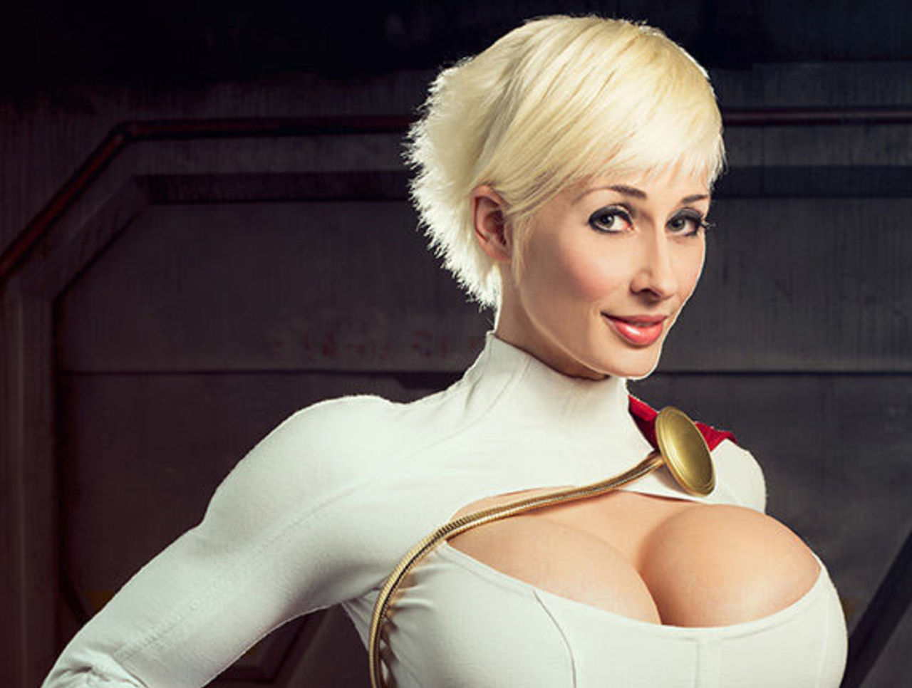 Cropped mc bourbonnais power girl cosplay photographer grumpy bear productions